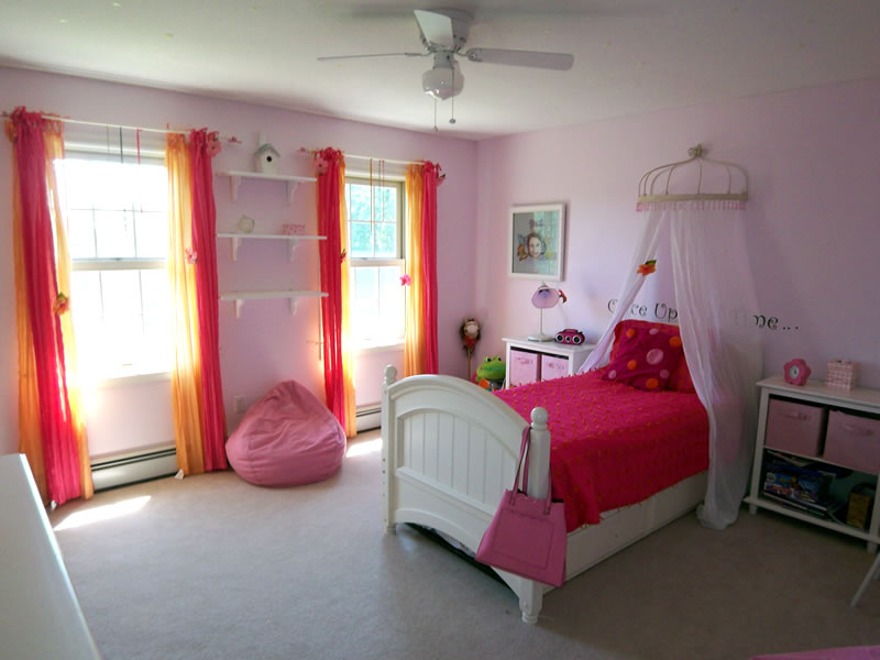 Tangerine and pink girls room