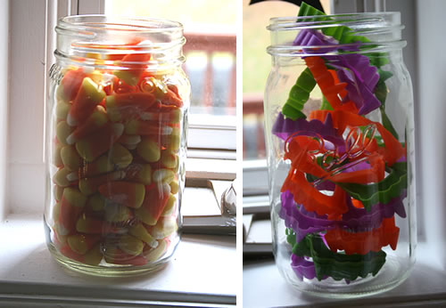 halloween treats in mason jars