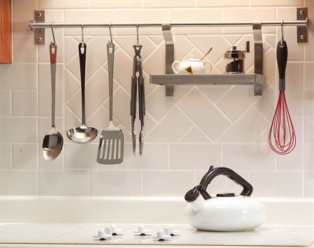 Hanging cooking utensils