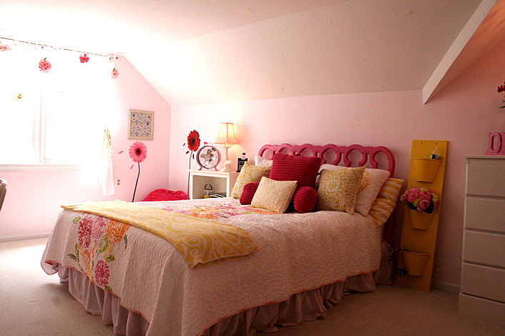 Pink And Yellow S Bedroom Yourhomeonlybetter