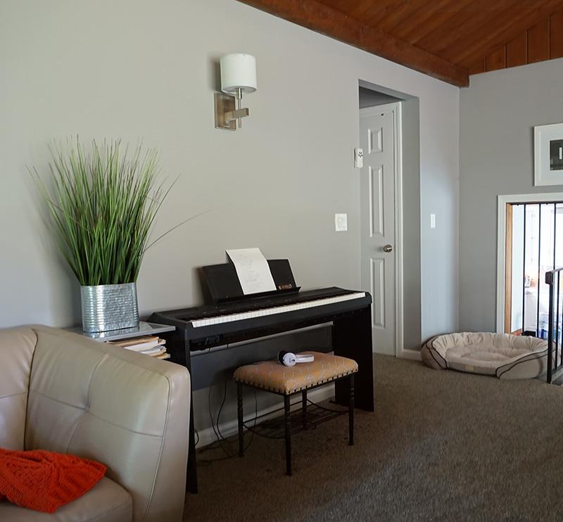 piano in rec room